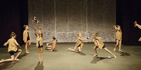 Cours de danse préparatoire enfants école minimes