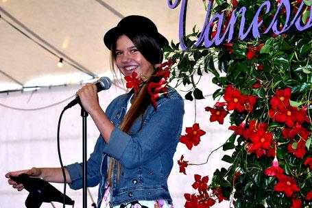 Wir freuen uns auf den Auftritt von Vanessa Tarnutzer aus Küblis