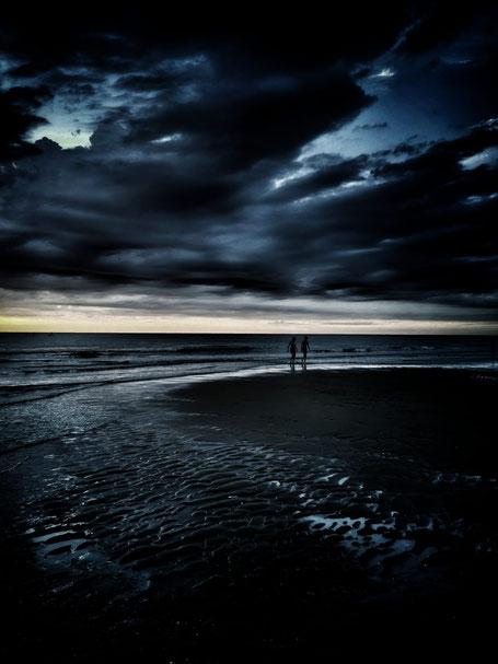 Noordwijk beach at night. Photo: Annemarie Voûte