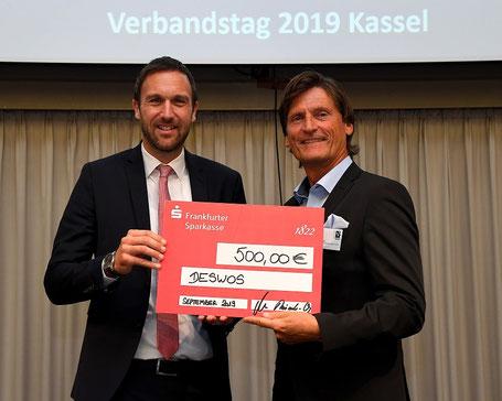 """Wohnen ist ein Grundbedürfnis des Menschen"""" betonte Verbandsdirektor Dr. Axel Tausendpfund nach dem Vortrag von Gerhard Müller beim VdW-Verbandstag."""