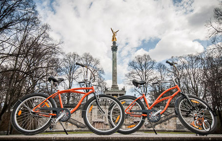 Munich's Friedensengel with Bikes on a Tour