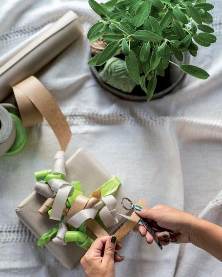 Geschenkband aus recyceltem Papier