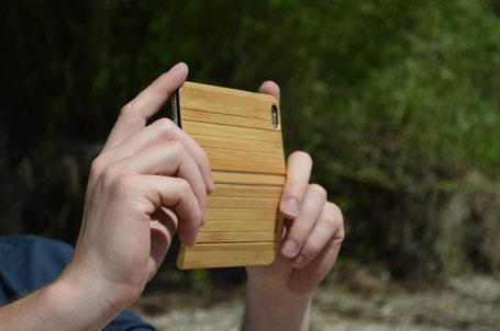 Ein etwas anderes Case: Holz statt Leder
