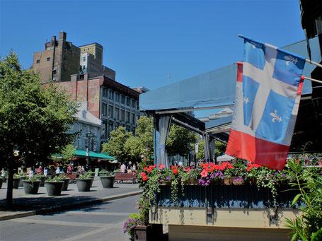 Kanada Osten Rundreise: Auf dem Place Jacques Cartier in Montreal