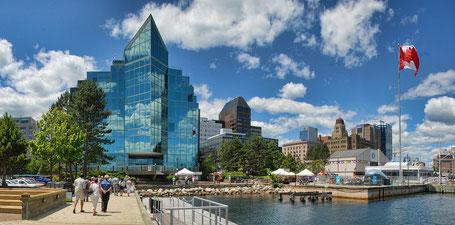 Kanada Osten Rundreise: Im Hafen von Halifax