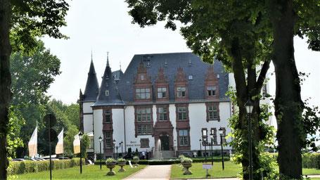 Mecklenburgische Seenplatte - Seehotel Schloss Klink