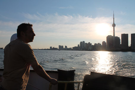 Kanada Osten Rundreise: Ich genieße den Sonnenuntergang über Toronto