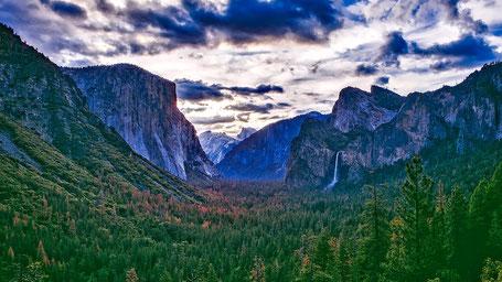 Kalifornien Rundreise Route: Aussicht aufs Yosemite Valley