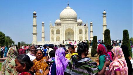 Reisesprüche Reisegedanken Reisezitate - Die Welt ist ein Buch. Wer nie reist, sieht nur eine Seite davon.