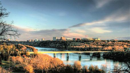 Kanada Rundreise Westen: Blick über Edmonton