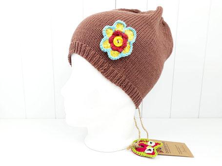 Strickmütze braun Mädchen von bosnanova mit Blumenapplikation