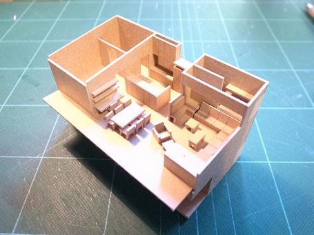 O邸模型作成中の写真 / 2階部分