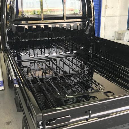 新車施工お任せいただいたホンダアクティトラック 荷台もピカピカです。