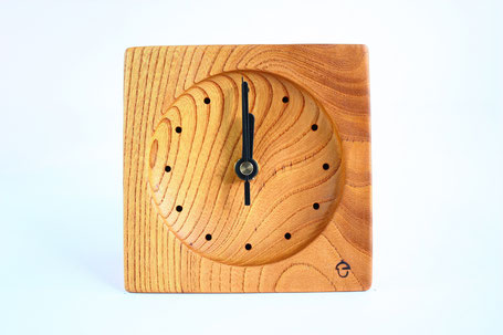 卓上時計 置き時計 時計 木 ケヤキ ぬくもり 新築 結婚 お祝い 飛騨高山