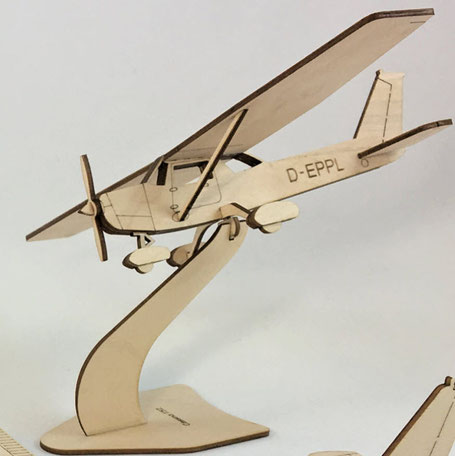 Cessna 152 Standmodell Pure Planes