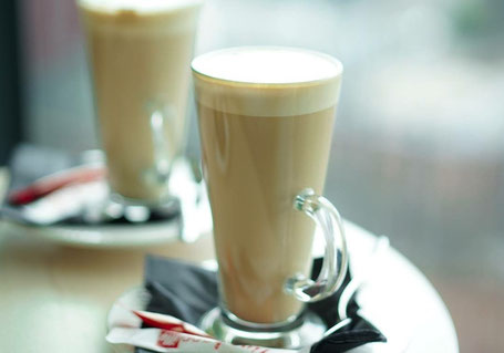 Kaffeepause im Hilton in der Cloud23-Bar in Manchester - England