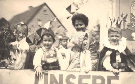 Bild: Teichler Wünschendorf Erzgebirge Schull und Heimatfest 1965