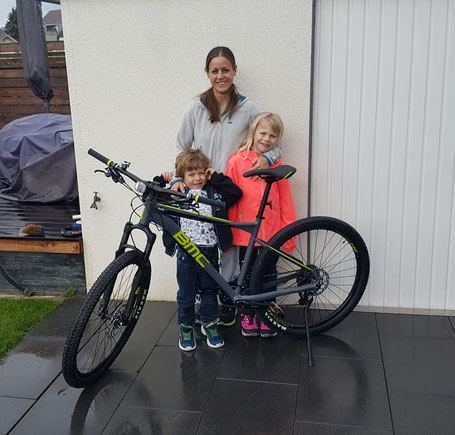 Bmc Bike Gewinner Familie Werner aus Wichtrach. Sponsored by Mahu Sport