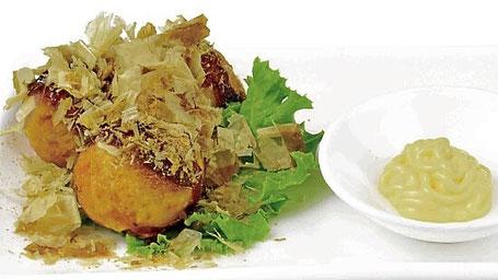 Takoyaki - Oktopus in Teigbällchen