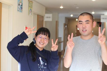 写真左側に映る女性が、ライフサポートはくほうサービス提供責任者の阿部さん。