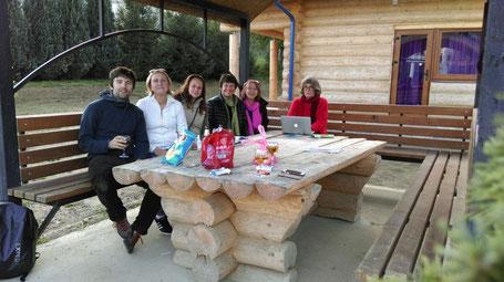 Urs Lengweiler, Miroslava u. Katja aus der Ukraine, Dorothea Gnägi-Wildi, Claudia Leu, Annette Schiess