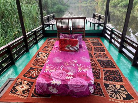 Overnachten op een klotok houseboat in het Tanjung Puting National Park op Kalimantan