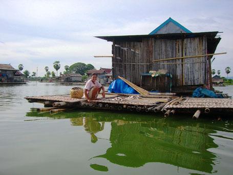 Traditionele Tongkonan huizen in Tana Toraja op Sulawesi