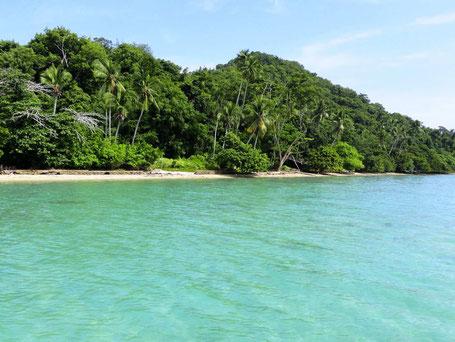 Bounty strand van Borneo