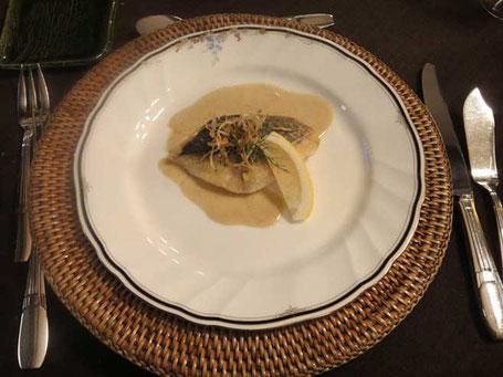 親不知産姫鯛のムニエル タイ風グリーンカレーソース
