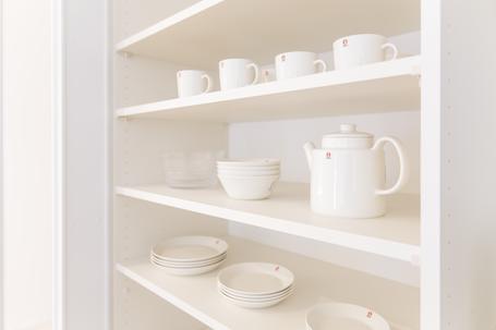 棚の高さは食器に合わせる。