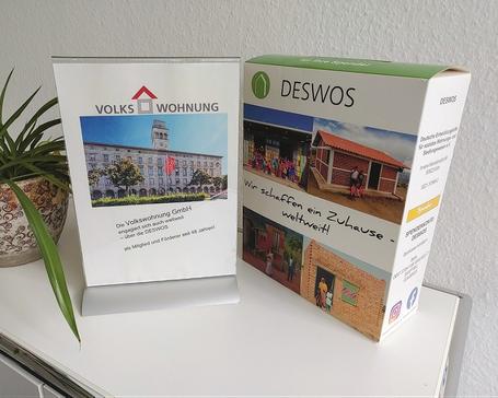 Die Spendenbox der DESWOS steht auch weiterhin im Kundencenter der Volkswohnung GmbH bereit.