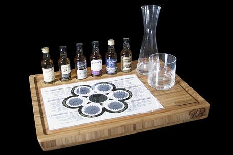 """Der Bambus """"Holz"""" und eine Auswahl an Whisky Sorten"""
