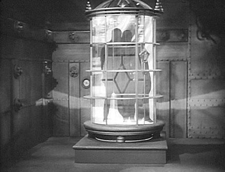 "Szenenfoto aus dem Kinoserial ""Buck Rogers"" (USA 1939); eine Teleportationskabine"