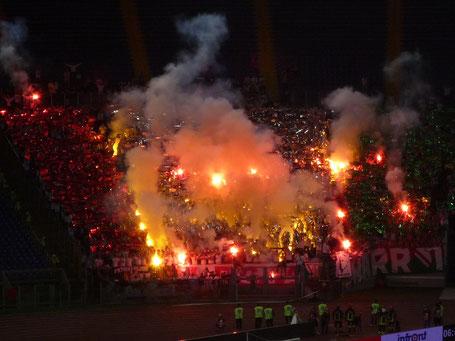 Legia Warszawa Ultras Pyro