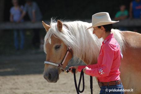 Priska Kelderer mit Wahrsager-R (Champ)
