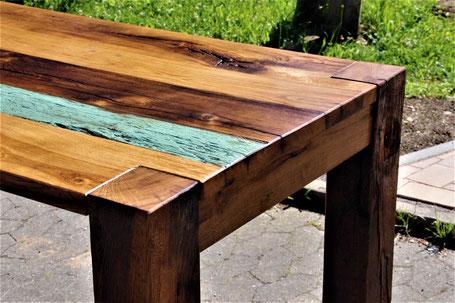 Edelste handgefertigte Möbel-Unikate aus antiken Eichen-Fachwerk-Holz