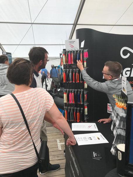 Handgemachte Pilker und umweltfreundliche Gummifische bei der Fishing Masters Show 2019