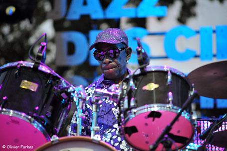Tony Allen, le 29 juillet 2017 au festival Marseille Jazz des Cinq Continents 2017. (Photo) Oliver Farkas.