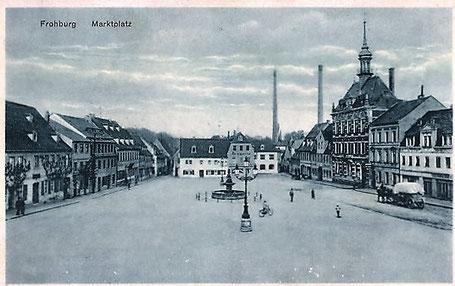 Der Frohburger Marktplatz etwas später auf einer Ansichtskarte