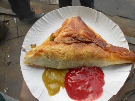Comida callejera en Calcuta. Deliciosa.