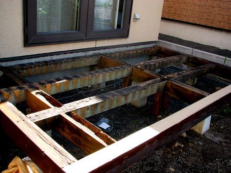 ウッドデッキ修理取り換えは札幌手稲の建築工房エンドウ。
