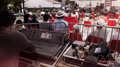 Pablo Jaraute, mixage sons. Festival JAZZ360 2021, Quinsac, dimanche 6 juin 2021. Photographie © Christian Coulais
