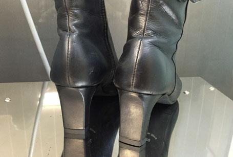 新しい気持ちでブーツを履く事ができますね