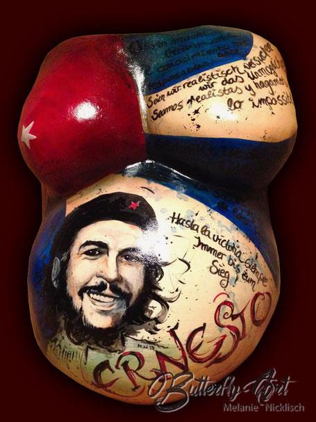 Babybauchbemalung Gipsabdruck mit Che Guevara