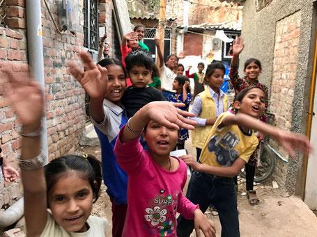 レインボー写真館 インドの子供たち