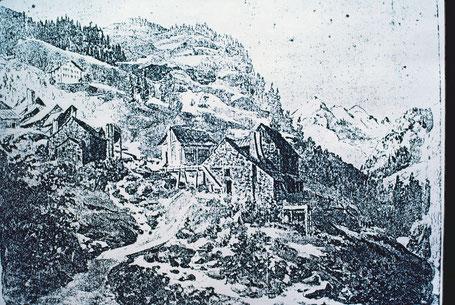 In Ausserferrera im Gebiet zwischen den Knappenhäusern und der heutigen Kantonsstrasse stand die Eisenschmelze, in der das Eisenerz aus den zahlreich vorhandenen  Eisenerzgruben des Ferreratals verarbeitet wurde.