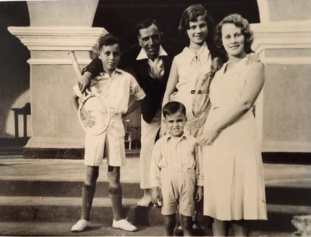 Cox Family around 1930 in Calcutta, India