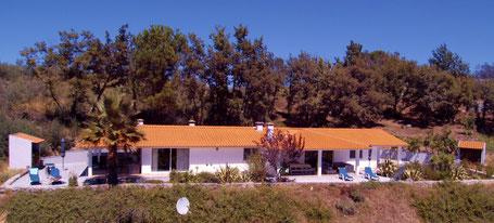 Casa Oliverinha en Casa Covas in de zon