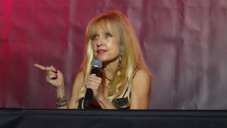 Linnea Quigley at Weekend of Hell
