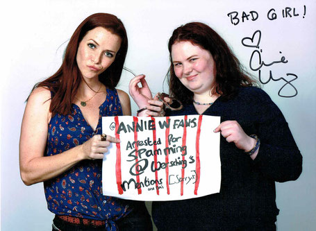 Annie Wersching photo op